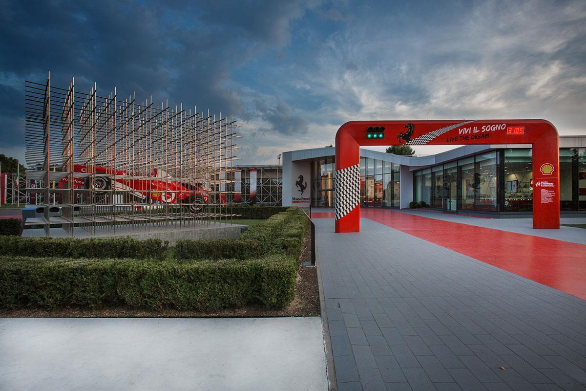 Visita al Museo Ferrari di Maranello, un'esperienza rampante